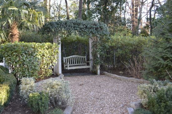Romantic-Garden-Arbors-7