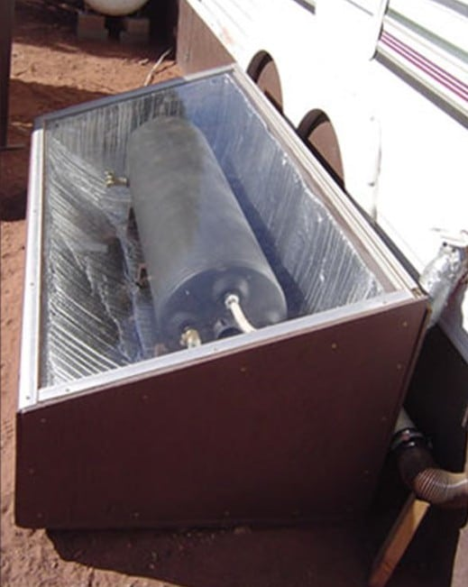 8) Solar water hot batch collector
